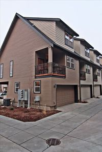 Vue off Main, Modern Downtown Walla Walla Townhome