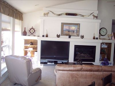 Large HDTV & Fireplace