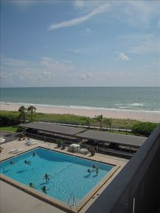 Choices...choices- take a dip in the pool or the crystal clear gulf? Or Both!