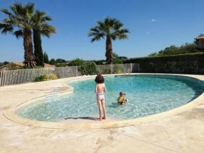 Pezenas house rental - Lovely sunny swimming pool and great sun trap if you want to top up the tan.