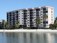 Spend Your Vacation In First Line On Top Floor At Ft. Myers Beach