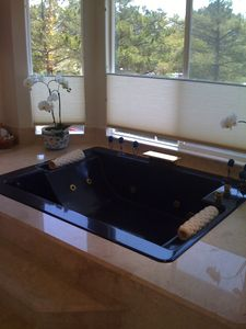Master Bedroom Tub Oversized