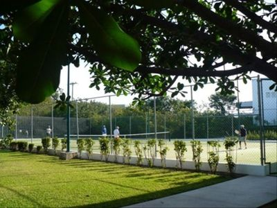 Isla Mujeres house rental - Tennis court at Marina next door