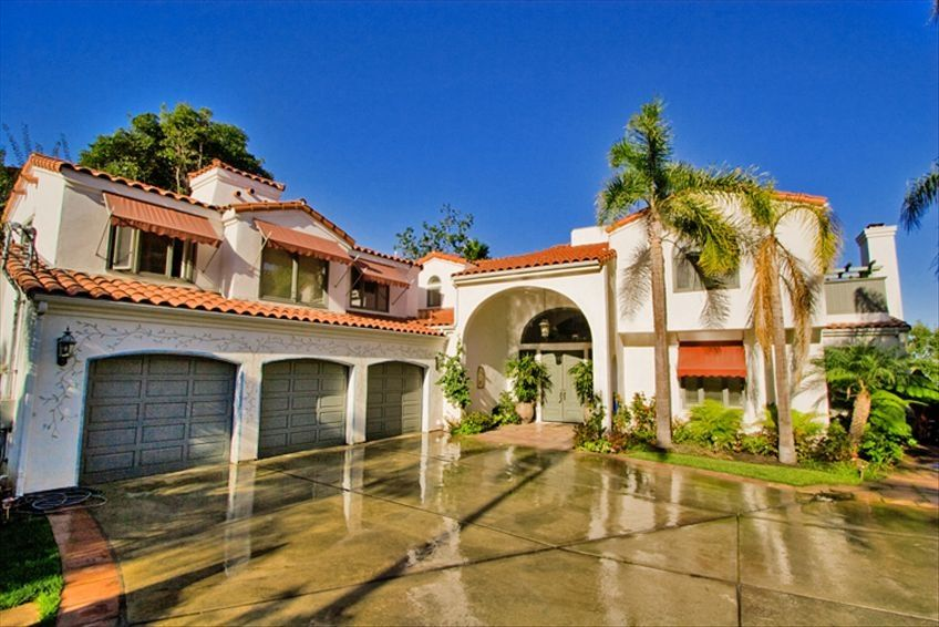 La jolla house rental la jolla mansion right near beach for Rent a house la