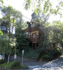 Corte Madera house photo - View of house as you drive up