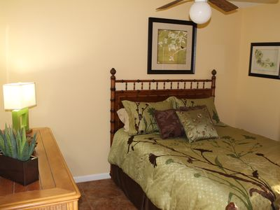 3rd Guest bedroom with queen size bed