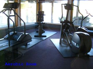 Lincoln condo photo - Exercise room.