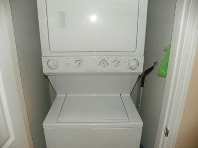 Gulf Resort Beach condo rental - Wash-Dryer Combo.