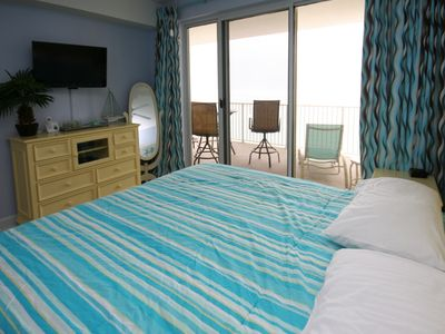 Master bedroom with cable TV and Blu Ray DVD. Sleep to the sound of the waves