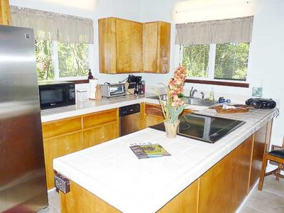Kapoho house rental - Another View Of The Open Kitchen