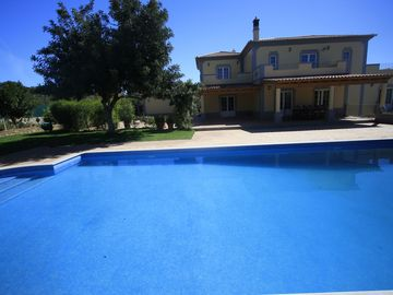 Moncarapacho villa rental - large heated swiming pool