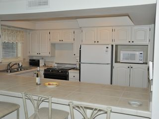Brookings condo photo - Well supplied kitchen, Rainbow Rock Retreat, Brookings, Oregon