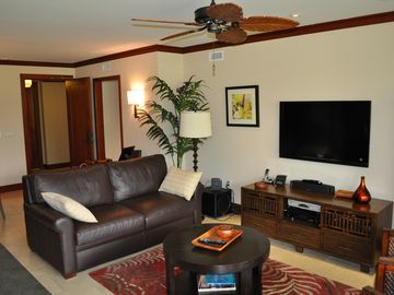 Large tvs in the family and both bedrooms with hi def dvr and free internet.