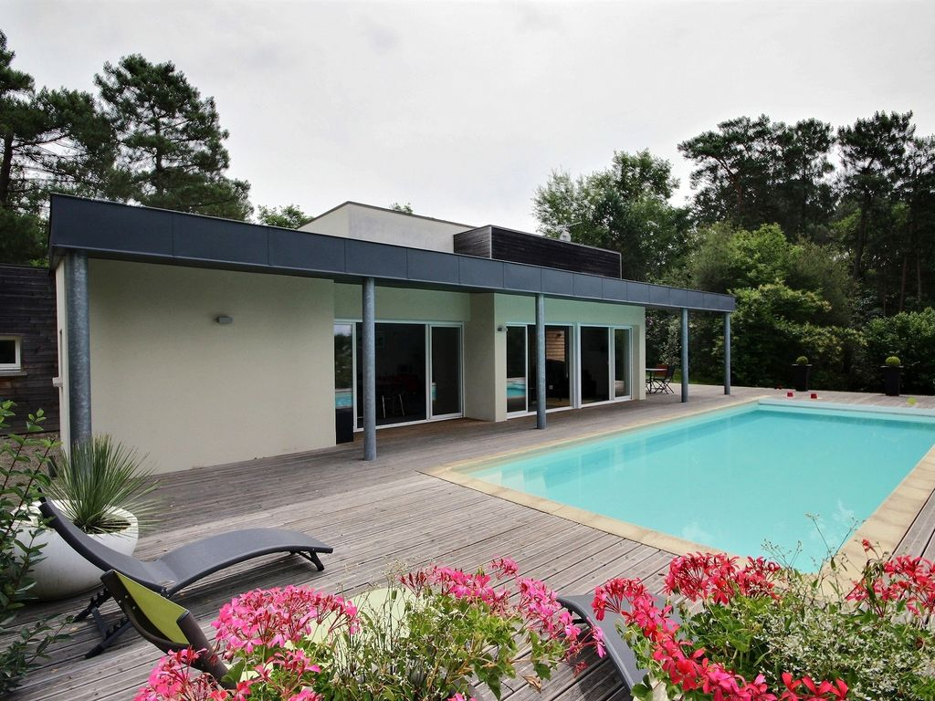 Peaceful house, with terrace , Ussac, Limousin