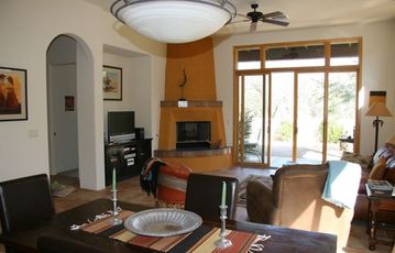 Tubac house rental - Large Great Room with Formal Dining Area