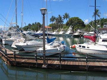 Lahaina boat harbor 5 minute walk
