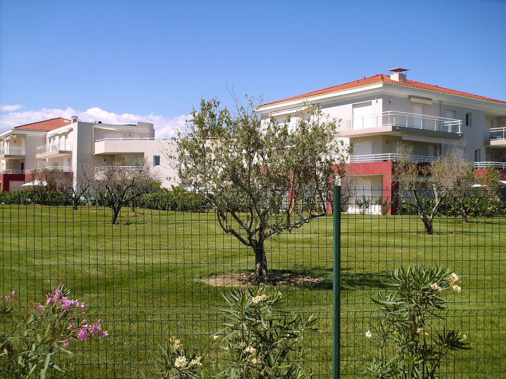 Accommodation near the beach, 60 square meters, , Golfe-juan