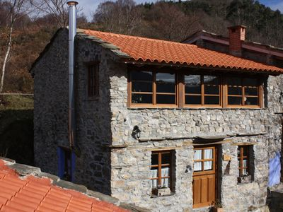 Beautiful apartment in stone house, perfect for couples, sea and mountain views