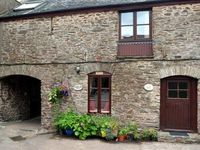 Cosy self-catering cottage in Slapton in beautiful rural Devon near beaches