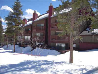 Ski In Ski Out Remodeled Condo located on the 1st floor end unit