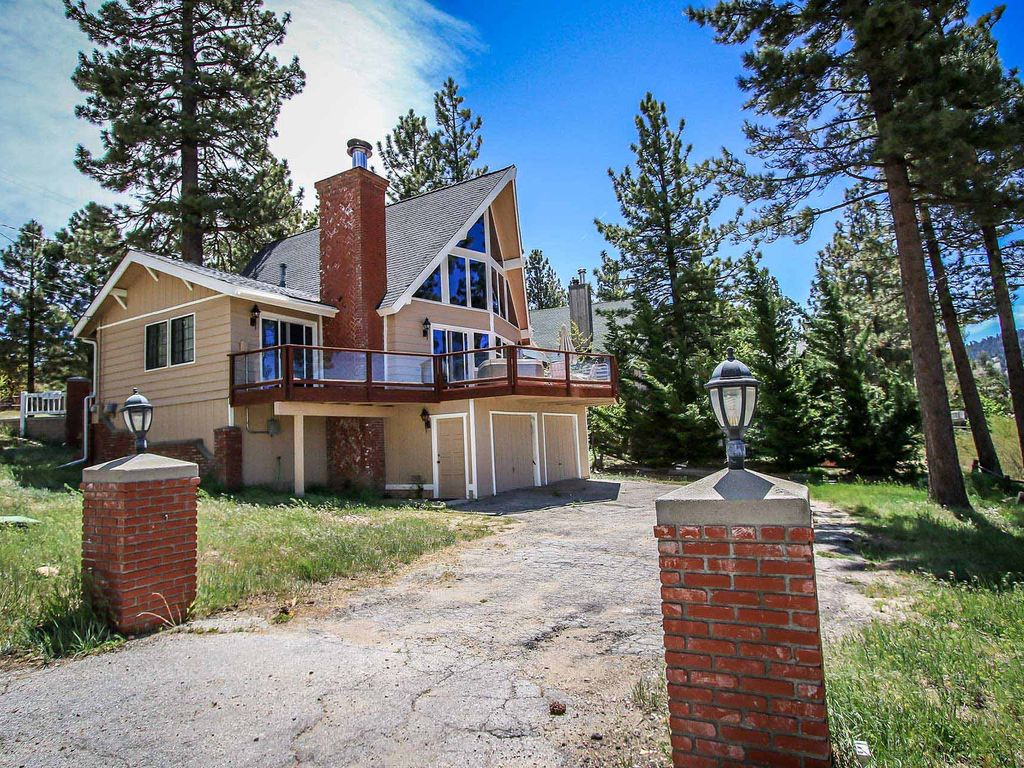 Casa per 7 persone a big bear lake 3888050 for Piani di camino all aperto