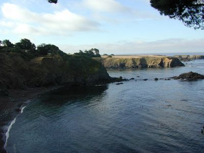 Bluff House at Mendocino - a wonderful oceanfront setting
