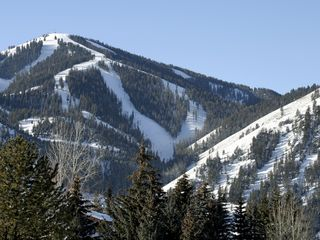 Sun Valley hotel photo - Beautiful Baldy