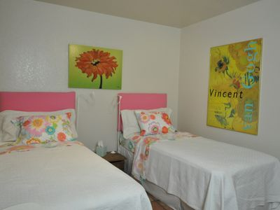 Austin apartment rental - The twins!
