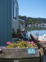 Sausalito house boat photo - Entrance to Bateau
