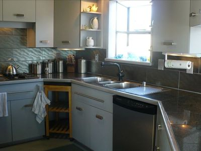 Pacifica house rental - kitchen