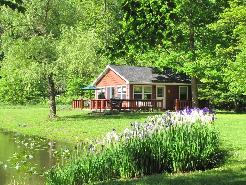 The Pond Cottage At Rustic River Retreats-quiet