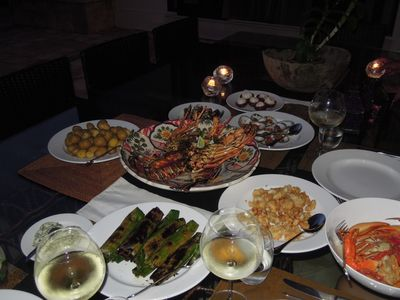 Komang will cook a very nice meal for you with the best sea food frm Bali