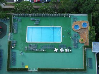Waikiki condo photo - Aerial view of pool & hot tubs