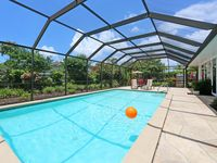 Lido Key  steps away from Private Beach Access & St. Armand Circle - Heated pool