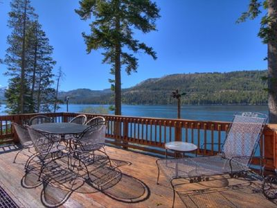 Beautiful Large Back Deck overlooking Donner Lake