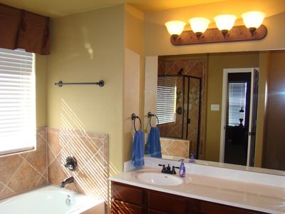 Masterbath, Garden Tub, Walk in Shower, Big Closet