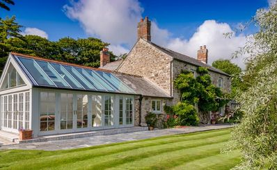This beautiful, well-appointed Arundell manor house is perfect for families.