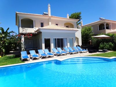 Outstanding Villa Very Well Located Near The Beach