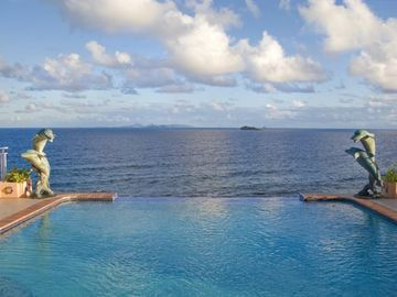 Dawn Beach villa rental - Infinity edge pool - Approximately 25 ft in length Average depth is 5-8 ft