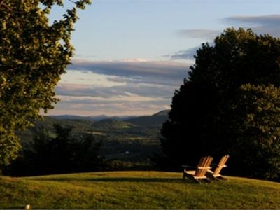 Breezy Knoll's views invite many a lazy day