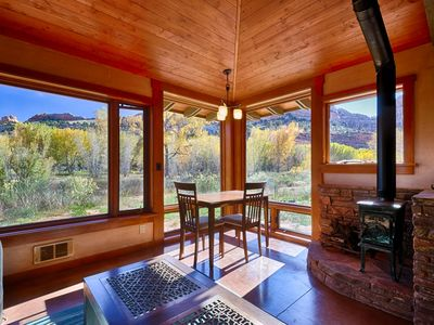Beautiful 1 Bedroom Guest Home in the Escalante Canyon