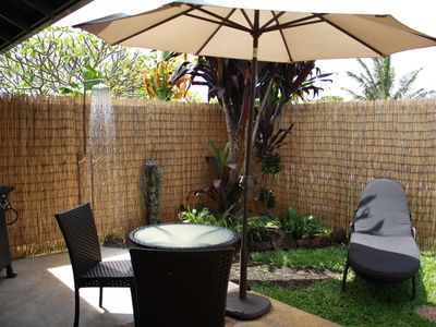 Private lanai, barbecue, hot and cold shower, outdoor dining
