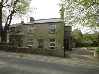 Detached Luxury Stone Cottage, Semi Rural With Beautiful Views Over Open Country