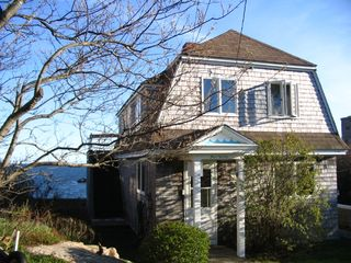 Gloucester - Annisquam house photo - Cozy up in your cottage by the sea
