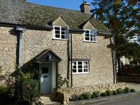 Cotswold cottage ideal for quiet break touring base