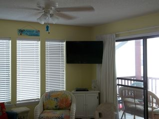 "Gulf Shores condo photo - 37"" Flat screen TV & DVD player"