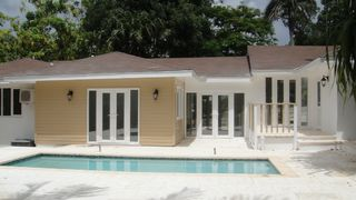 Nassau & Paradise Island cottage photo - Rear of cottage and pool