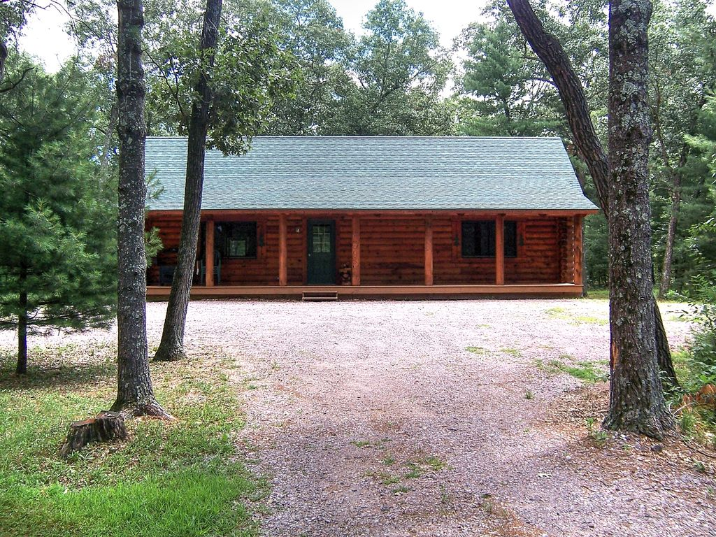 Log Cabin On 6 Wooded Acres Just Minutes To Vrbo