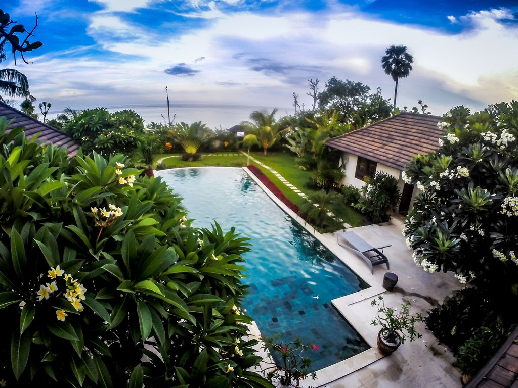 Abang holiday villa bali amed large swimming pool 12m and - Large holiday homes with swimming pool ...