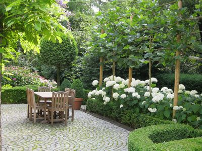 Romantic Cottage surrounded by private garden Bruges Ghent Ypres Knokke